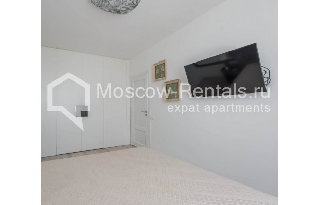 """Photo #14 3-room (2 BR) apartment for <a href=""""http://moscow-rentals.ru/en/articles/long-term-rent"""" target=""""_blank"""">a long-term</a> rent  in Russia, Moscow, New Arbat, 16"""