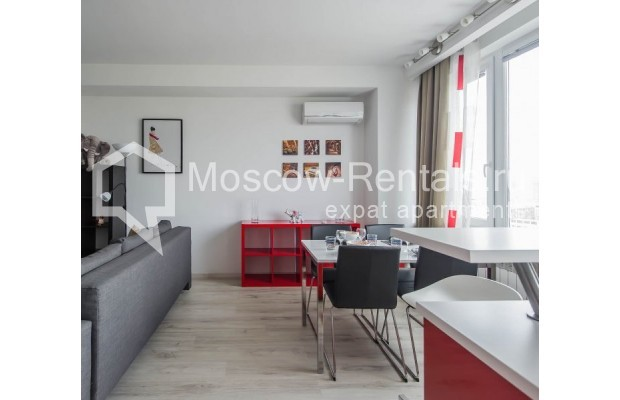 """Photo #9 3-room (2 BR) apartment for <a href=""""http://moscow-rentals.ru/en/articles/long-term-rent"""" target=""""_blank"""">a long-term</a> rent  in Russia, Moscow, New Arbat, 16"""