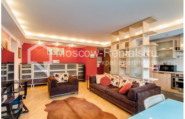 """Photo #1 3-room (2 BR) apartment for <a href=""""http://moscow-rentals.ru/en/articles/long-term-rent"""" target=""""_blank"""">a long-term</a> rent  in Russia, Moscow, Nikitskyi blv, 17"""