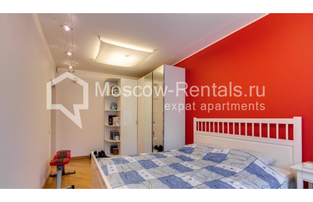 """Photo #5 3-room (2 BR) apartment for <a href=""""http://moscow-rentals.ru/en/articles/long-term-rent"""" target=""""_blank"""">a long-term</a> rent  in Russia, Moscow, Nikitskyi blv, 17"""