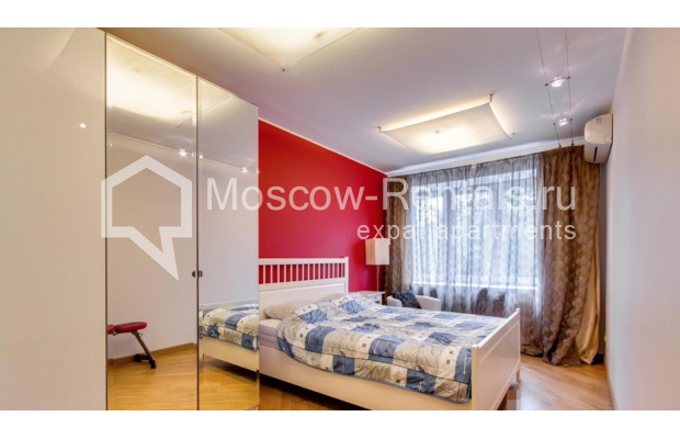 """Photo #6 3-room (2 BR) apartment for <a href=""""http://moscow-rentals.ru/en/articles/long-term-rent"""" target=""""_blank"""">a long-term</a> rent  in Russia, Moscow, Nikitskyi blv, 17"""