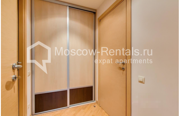 """Photo #7 3-room (2 BR) apartment for <a href=""""http://moscow-rentals.ru/en/articles/long-term-rent"""" target=""""_blank"""">a long-term</a> rent  in Russia, Moscow, Nikitskyi blv, 17"""