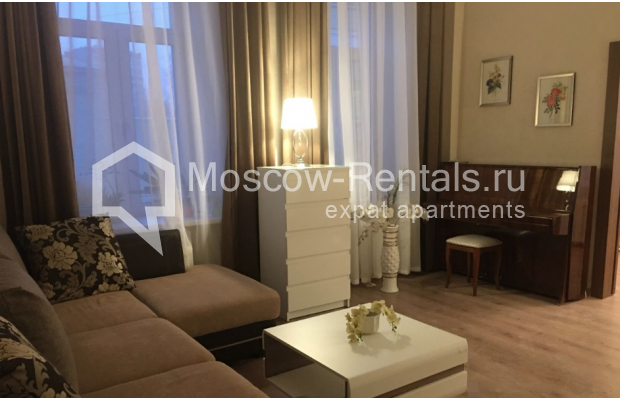 """Photo #1 3-room (2 BR) apartment for <a href=""""http://moscow-rentals.ru/en/articles/long-term-rent"""" target=""""_blank"""">a long-term</a> rent  in Russia, Moscow, Chistyi lane, 5А"""