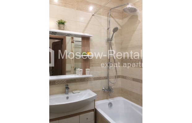 """Photo #11 3-room (2 BR) apartment for <a href=""""http://moscow-rentals.ru/en/articles/long-term-rent"""" target=""""_blank"""">a long-term</a> rent  in Russia, Moscow, Chistyi lane, 5А"""