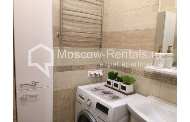 """Photo #12 3-room (2 BR) apartment for <a href=""""http://moscow-rentals.ru/en/articles/long-term-rent"""" target=""""_blank"""">a long-term</a> rent  in Russia, Moscow, Chistyi lane, 5А"""