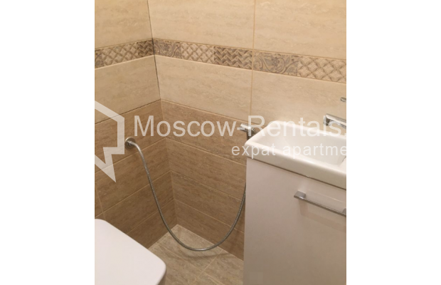 """Photo #14 3-room (2 BR) apartment for <a href=""""http://moscow-rentals.ru/en/articles/long-term-rent"""" target=""""_blank"""">a long-term</a> rent  in Russia, Moscow, Chistyi lane, 5А"""