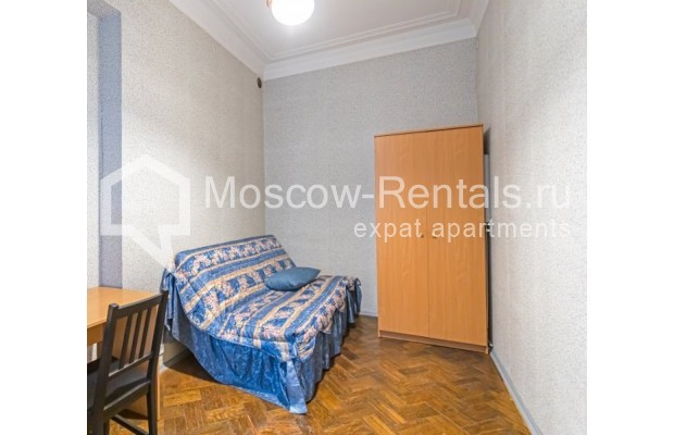 """Photo #10 4-room (3 BR) apartment for <a href=""""http://moscow-rentals.ru/en/articles/long-term-rent"""" target=""""_blank"""">a long-term</a> rent  in Russia, Moscow, M. Kakovinskyi lane, 3"""