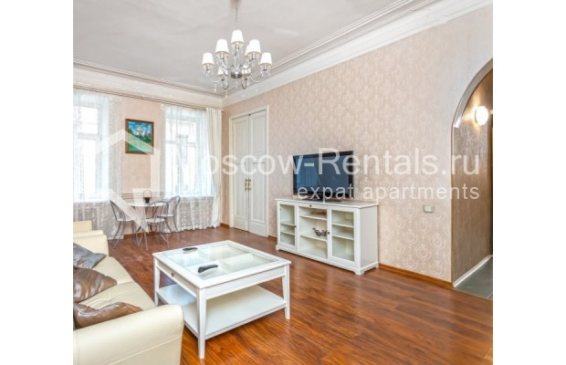 """Photo #1 4-room (3 BR) apartment for <a href=""""http://moscow-rentals.ru/en/articles/long-term-rent"""" target=""""_blank"""">a long-term</a> rent  in Russia, Moscow, M. Kakovinskyi lane, 3"""