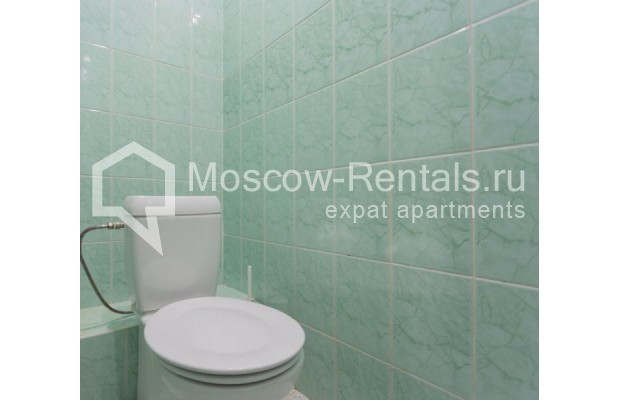 """Photo #14 4-room (3 BR) apartment for <a href=""""http://moscow-rentals.ru/en/articles/long-term-rent"""" target=""""_blank"""">a long-term</a> rent  in Russia, Moscow, Krivoarbatskyi lane, 19"""