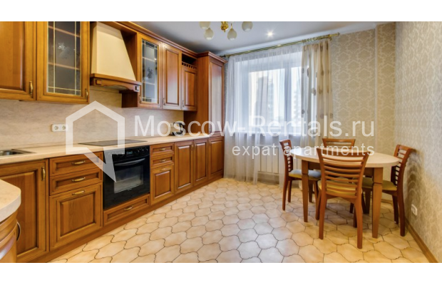 """Photo #2 3-room (2 BR) apartment for <a href=""""http://moscow-rentals.ru/en/articles/long-term-rent"""" target=""""_blank"""">a long-term</a> rent  in Russia, Moscow, Zoologicheskaya str, 26С2"""