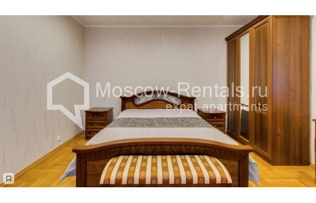 """Photo #5 3-room (2 BR) apartment for <a href=""""http://moscow-rentals.ru/en/articles/long-term-rent"""" target=""""_blank"""">a long-term</a> rent  in Russia, Moscow, Zoologicheskaya str, 26С2"""