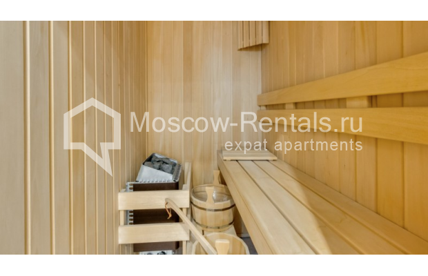 """Photo #9 3-room (2 BR) apartment for <a href=""""http://moscow-rentals.ru/en/articles/long-term-rent"""" target=""""_blank"""">a long-term</a> rent  in Russia, Moscow, Zoologicheskaya str, 26С2"""