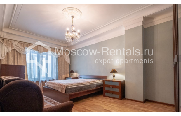 """Photo #9 3-room (2 BR) apartment for <a href=""""http://moscow-rentals.ru/en/articles/long-term-rent"""" target=""""_blank"""">a long-term</a> rent  in Russia, Moscow, B. Gruzinskaya str, 36С3"""