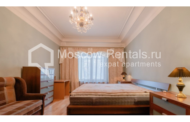 """Photo #10 3-room (2 BR) apartment for <a href=""""http://moscow-rentals.ru/en/articles/long-term-rent"""" target=""""_blank"""">a long-term</a> rent  in Russia, Moscow, B. Gruzinskaya str, 36С3"""