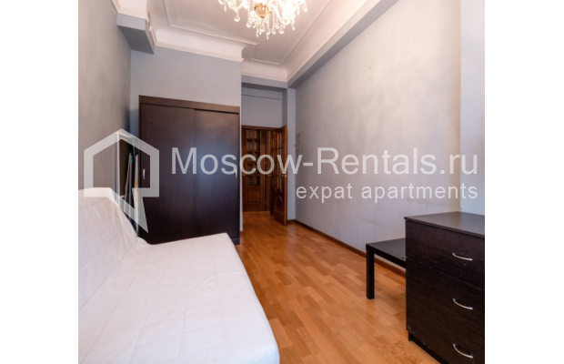 """Photo #14 3-room (2 BR) apartment for <a href=""""http://moscow-rentals.ru/en/articles/long-term-rent"""" target=""""_blank"""">a long-term</a> rent  in Russia, Moscow, B. Gruzinskaya str, 36С3"""