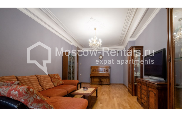 """Photo #4 3-room (2 BR) apartment for <a href=""""http://moscow-rentals.ru/en/articles/long-term-rent"""" target=""""_blank"""">a long-term</a> rent  in Russia, Moscow, B. Gruzinskaya str, 36С3"""