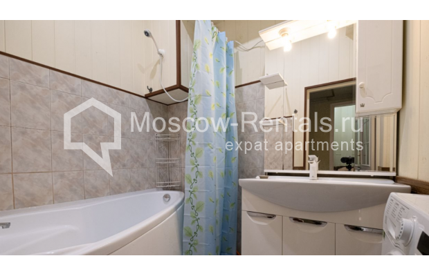 """Photo #15 3-room (2 BR) apartment for <a href=""""http://moscow-rentals.ru/en/articles/long-term-rent"""" target=""""_blank"""">a long-term</a> rent  in Russia, Moscow, B. Gruzinskaya str, 36С3"""