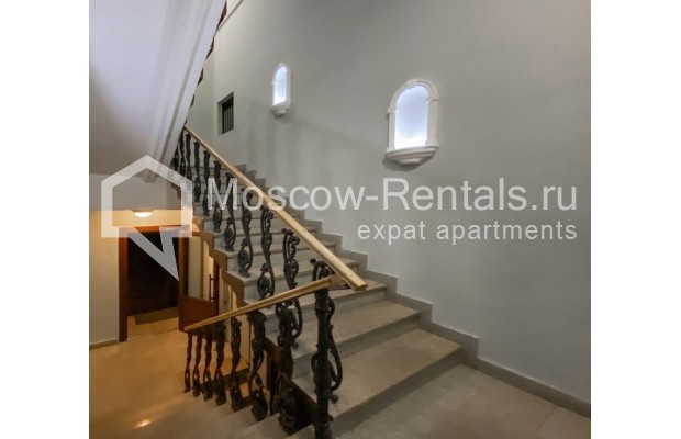 """Photo #35 4-room (3 BR) apartment for <a href=""""http://moscow-rentals.ru/en/articles/long-term-rent"""" target=""""_blank"""">a long-term</a> rent  in Russia, Moscow, Trubnikovskyi lane, 11"""