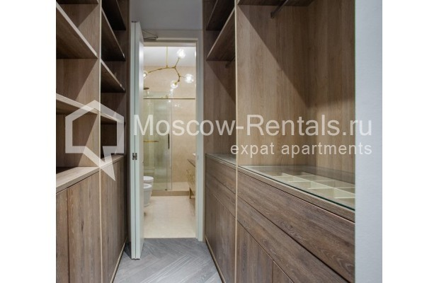 """Photo #23 4-room (3 BR) apartment for <a href=""""http://moscow-rentals.ru/en/articles/long-term-rent"""" target=""""_blank"""">a long-term</a> rent  in Russia, Moscow, Trubnikovskyi lane, 11"""