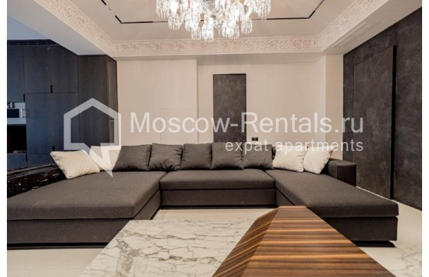 """Photo #10 4-room (3 BR) apartment for <a href=""""http://moscow-rentals.ru/en/articles/long-term-rent"""" target=""""_blank"""">a long-term</a> rent  in Russia, Moscow, Trubnikovskyi lane, 11"""