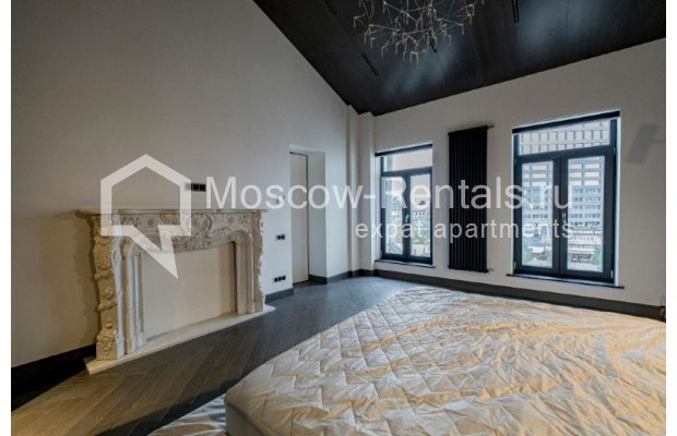 """Photo #11 4-room (3 BR) apartment for <a href=""""http://moscow-rentals.ru/en/articles/long-term-rent"""" target=""""_blank"""">a long-term</a> rent  in Russia, Moscow, Trubnikovskyi lane, 11"""