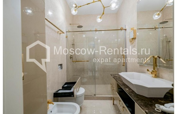 """Photo #24 4-room (3 BR) apartment for <a href=""""http://moscow-rentals.ru/en/articles/long-term-rent"""" target=""""_blank"""">a long-term</a> rent  in Russia, Moscow, Trubnikovskyi lane, 11"""