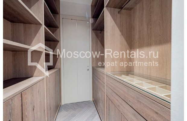"""Photo #22 4-room (3 BR) apartment for <a href=""""http://moscow-rentals.ru/en/articles/long-term-rent"""" target=""""_blank"""">a long-term</a> rent  in Russia, Moscow, Trubnikovskyi lane, 11"""