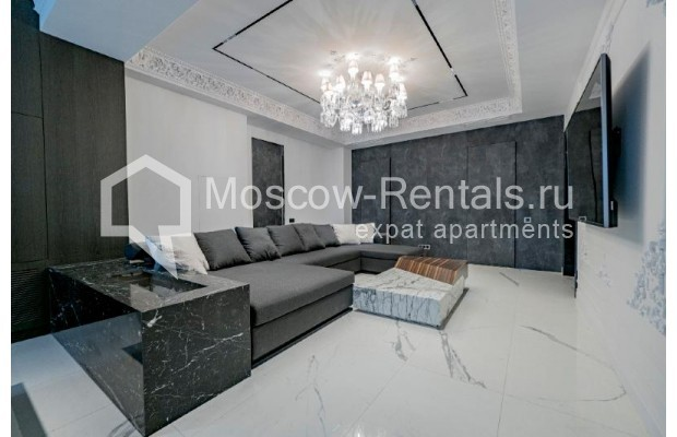 """Photo #9 4-room (3 BR) apartment for <a href=""""http://moscow-rentals.ru/en/articles/long-term-rent"""" target=""""_blank"""">a long-term</a> rent  in Russia, Moscow, Trubnikovskyi lane, 11"""