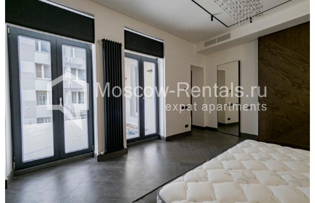 """Photo #21 4-room (3 BR) apartment for <a href=""""http://moscow-rentals.ru/en/articles/long-term-rent"""" target=""""_blank"""">a long-term</a> rent  in Russia, Moscow, Trubnikovskyi lane, 11"""