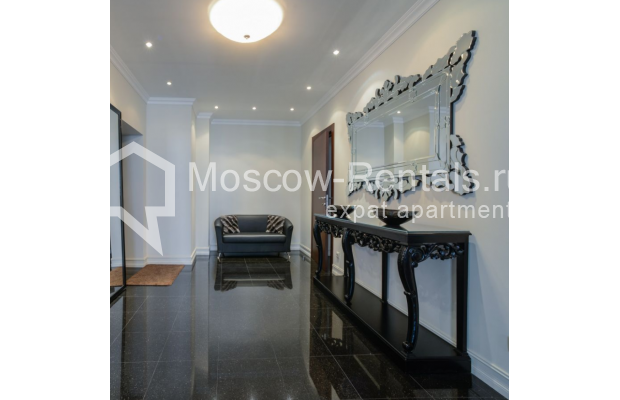 """Photo #10 3-room (2 BR) apartment for <a href=""""http://moscow-rentals.ru/en/articles/long-term-rent"""" target=""""_blank"""">a long-term</a> rent  in Russia, Moscow, Kazarmennyi lane, 3"""