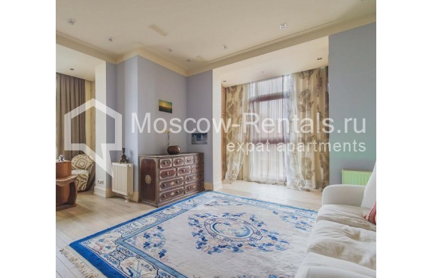 """Photo #7 4-room (3 BR) apartment for <a href=""""http://moscow-rentals.ru/en/articles/long-term-rent"""" target=""""_blank"""">a long-term</a> rent  in Russia, Moscow, Ozerkovskaya emb, 52А"""