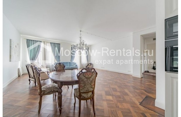 """Photo #5 3-room (2 BR) apartment for <a href=""""http://moscow-rentals.ru/en/articles/long-term-rent"""" target=""""_blank"""">a long-term</a> rent  in Russia, Moscow, Lavrushinskyi lane, 11к1"""