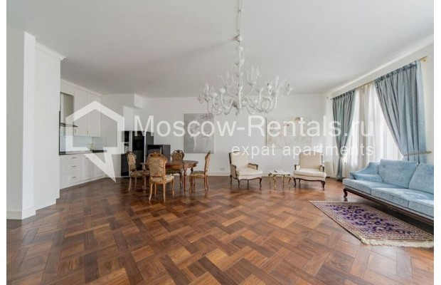 """Photo #2 3-room (2 BR) apartment for <a href=""""http://moscow-rentals.ru/en/articles/long-term-rent"""" target=""""_blank"""">a long-term</a> rent  in Russia, Moscow, Lavrushinskyi lane, 11к1"""