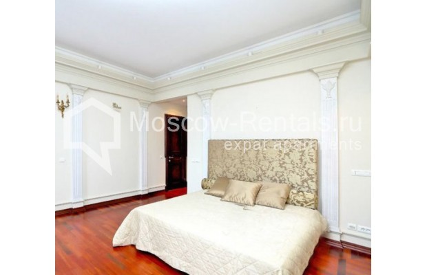 """Photo #8 5-room (4 BR) apartment for <a href=""""http://moscow-rentals.ru/en/articles/long-term-rent"""" target=""""_blank"""">a long-term</a> rent  in Russia, Moscow, Spiridonovka str, 36С1"""
