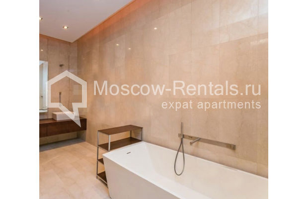 """Photo #11 5-room (4 BR) apartment for <a href=""""http://moscow-rentals.ru/en/articles/long-term-rent"""" target=""""_blank"""">a long-term</a> rent  in Russia, Moscow, Spiridonovka str, 36С1"""
