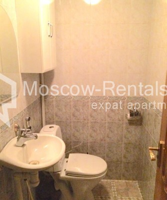 """Photo #12 4-room (3 BR) apartment for <a href=""""http://moscow-rentals.ru/en/articles/long-term-rent"""" target=""""_blank"""">a long-term</a> rent  in Russia, Moscow, Trubnikovsky lane, 11"""