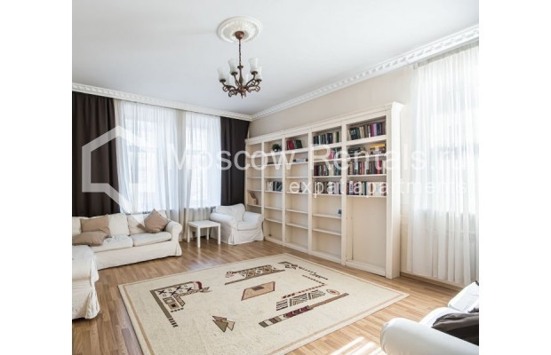 """Photo #22 4-room (3 BR) apartment for <a href=""""http://moscow-rentals.ru/en/articles/long-term-rent"""" target=""""_blank"""">a long-term</a> rent  in Russia, Moscow, Milyutinsky lane,  19/4С1"""