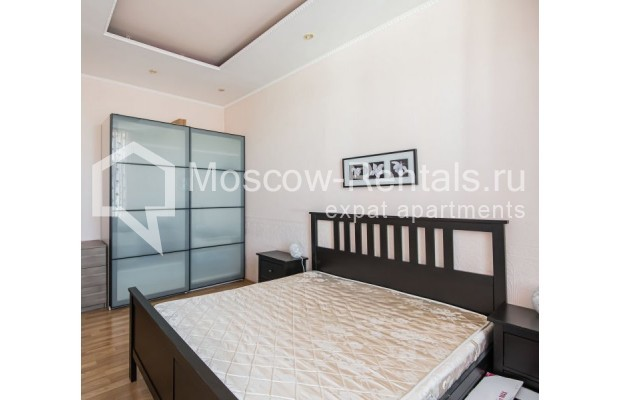 """Photo #26 4-room (3 BR) apartment for <a href=""""http://moscow-rentals.ru/en/articles/long-term-rent"""" target=""""_blank"""">a long-term</a> rent  in Russia, Moscow, Milyutinsky lane,  19/4С1"""