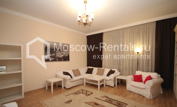 """Photo #2 4-room (3 BR) apartment for <a href=""""http://moscow-rentals.ru/en/articles/long-term-rent"""" target=""""_blank"""">a long-term</a> rent  in Russia, Moscow, Milyutinsky lane,  19/4С1"""
