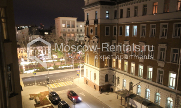 """Photo #13 4-room (3 BR) apartment for <a href=""""http://moscow-rentals.ru/en/articles/long-term-rent"""" target=""""_blank"""">a long-term</a> rent  in Russia, Moscow, Milyutinsky lane,  19/4С1"""