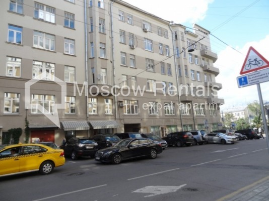 """Photo #15 4-room (3 BR) apartment for <a href=""""http://moscow-rentals.ru/en/articles/long-term-rent"""" target=""""_blank"""">a long-term</a> rent  in Russia, Moscow, Milyutinsky lane,  19/4С1"""